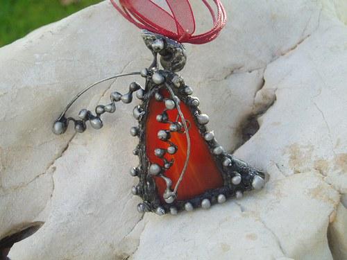cínovaný šperk TUČŇÁK