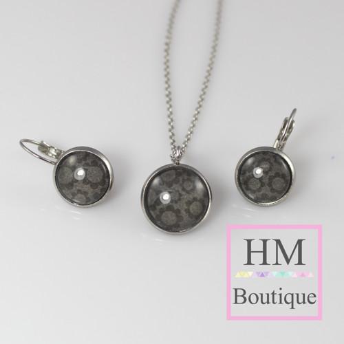 ocelový set -náušnice a náhrdelník černé květiny
