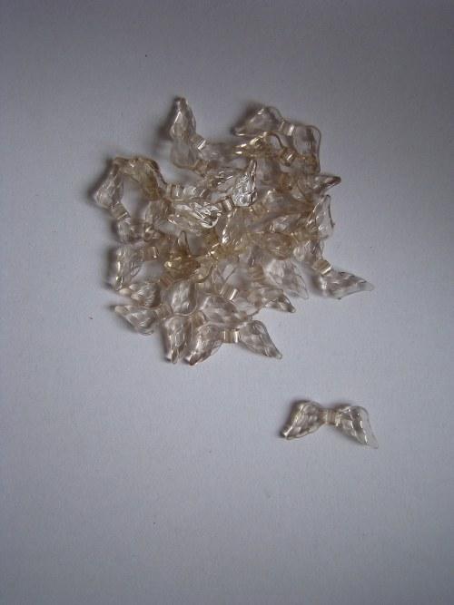 Plastový komponent - křídlo narůžovělé/10 ks
