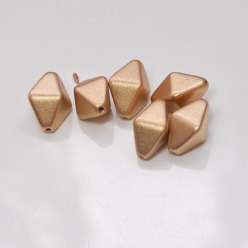 Korálek piramida voskový 6ks