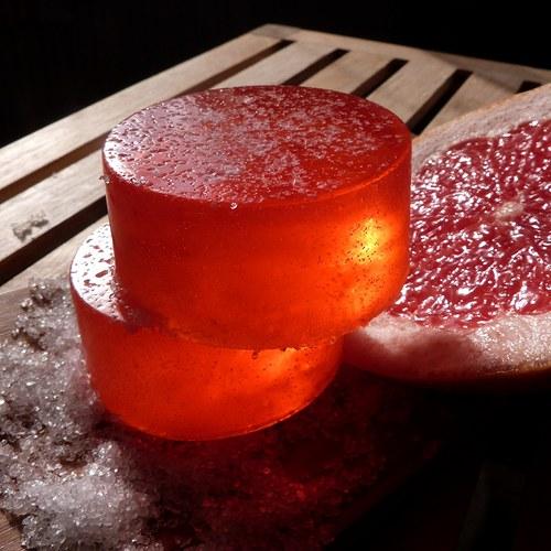 Mýdlo se solí z Mrtvého moře_ grapefruit