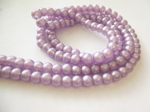 Skleněné korálky perleťové světlefialové 6mm/30 ks