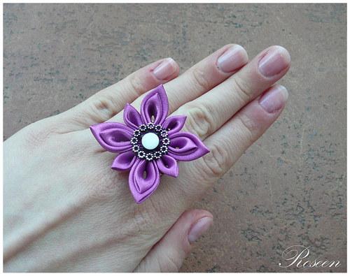 Kanzashi prstýnek Cho