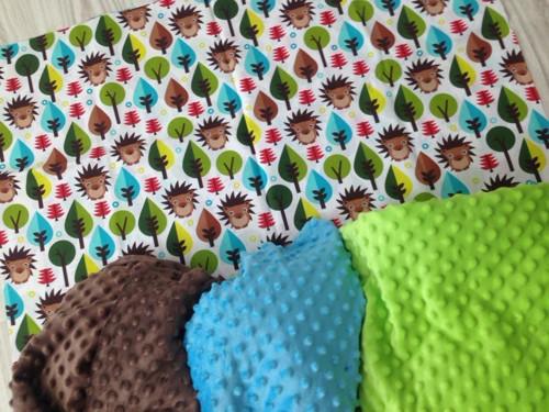 decká deky.ježci...možnost zvolit si barvu minky