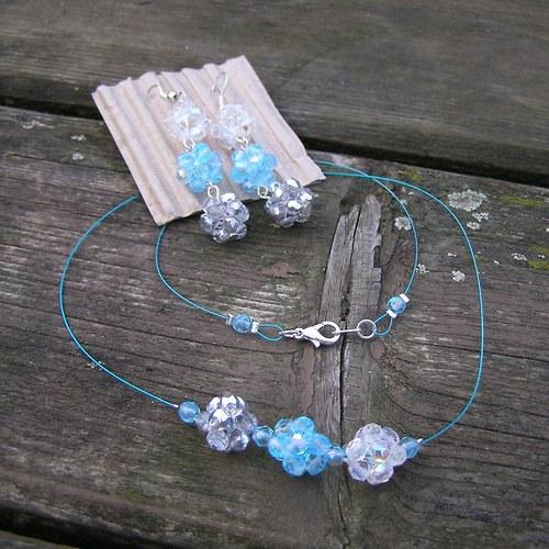 Kostičky na lanku, náhrdelník
