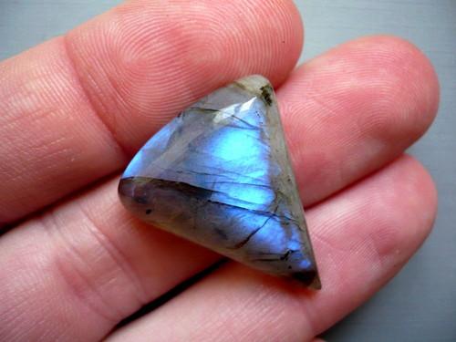 Kabošon - labradorit modrý 28 mm, č.76