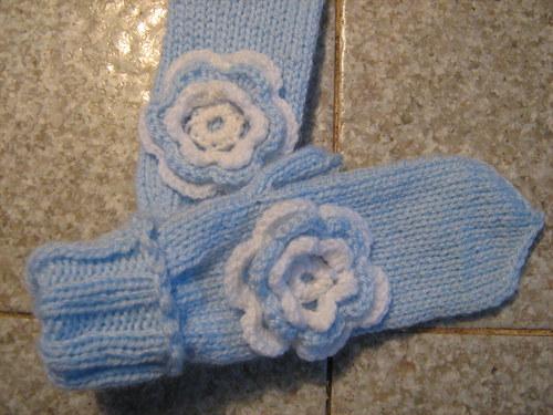Bleděmodré rukavice