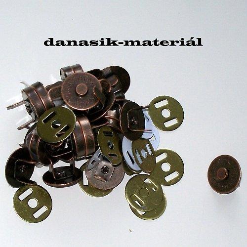 MAGNETICKÉ ZAPÍNÁNÍ -MĚĎ 5 ks