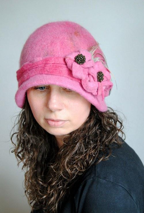 Plstěný  klobouk, Sny o růžové zahradě