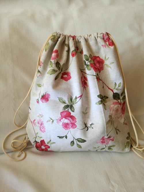 sportovní batoh kvety