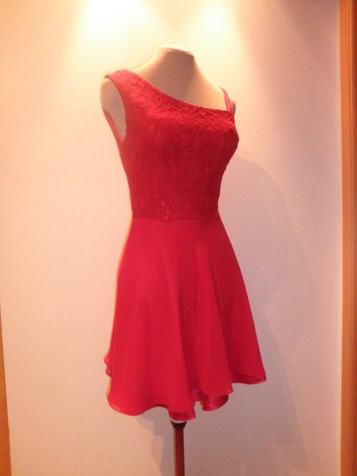 Červené společenské šaty mini 86 - vel. 38