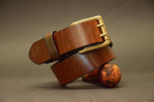 Opasek Brown Brass s dvěma trny