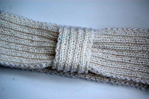 Pletená čelenka bílá