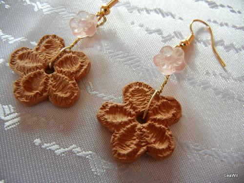 Keramické krajkové - růžová kytička