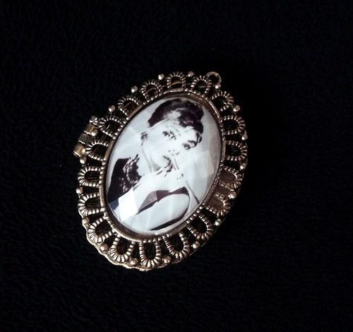 Přívěšek medailon - Audrey Hepburn