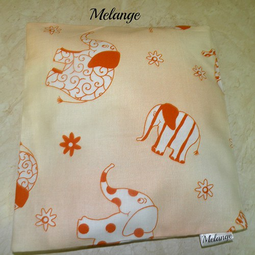 Oranžové slůně-polštářek pro miminka