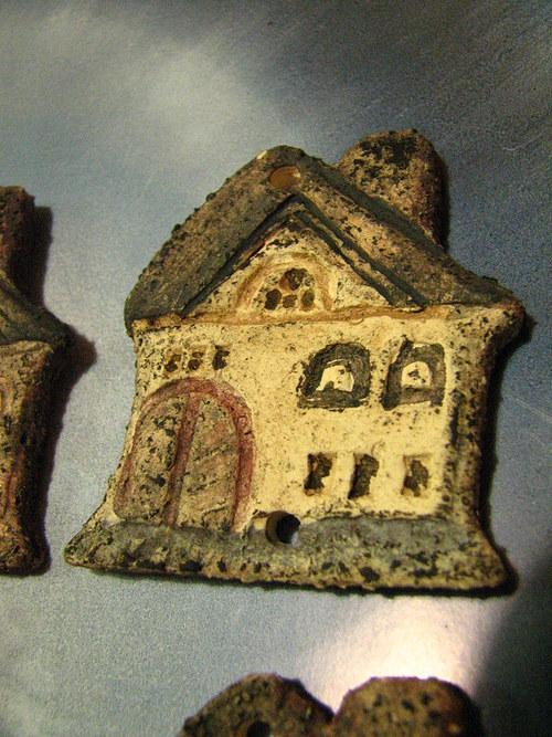 Keramický domeček 6x 5,5 cm