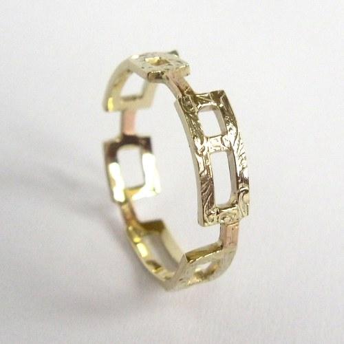 Tančící okna (prsten, Au 585/1000)