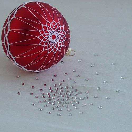 zdobená vánoční koule - průměr 8 cm