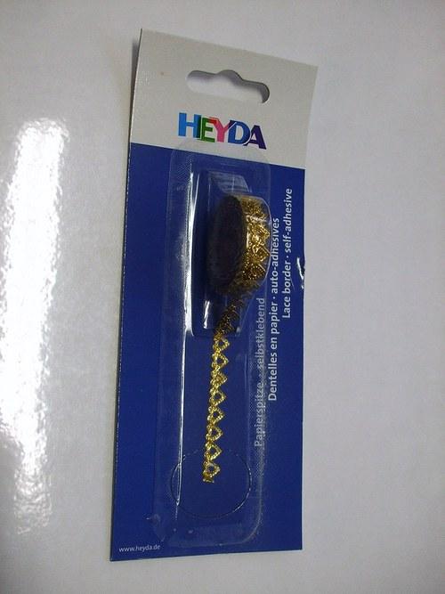 Ozdobný samolepicí proužek - srdíčka zlaté