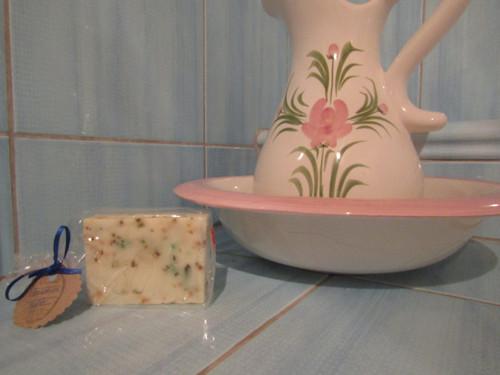 levandulové mýdlo vyrobeno metodou za studena