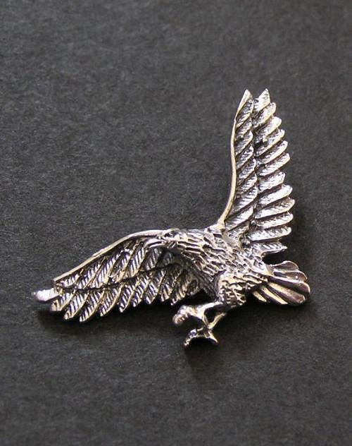 Letící orel - stříbrný přívěsek