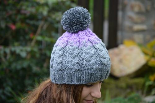 Pletená tříbarevná čepice pro dospělé č.2
