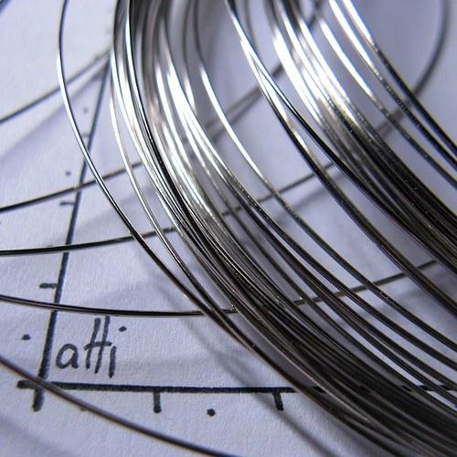 Paměťový drát 11,5 cm platinový 10 otoček