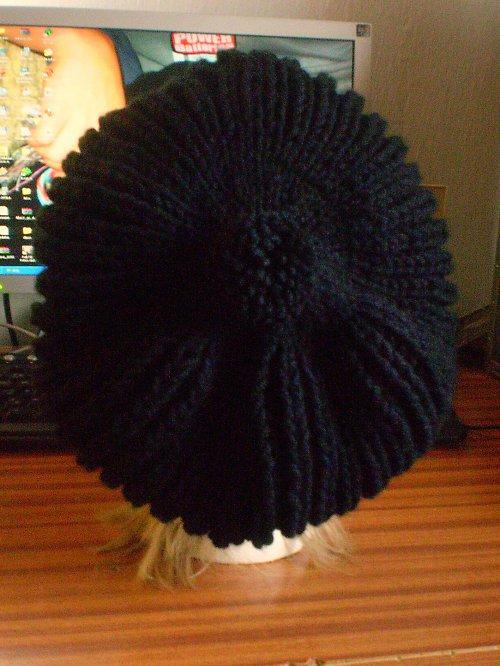 Čepice  v černé barvě