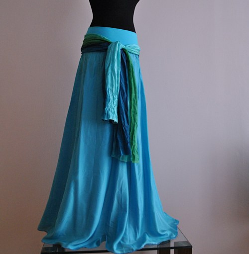 Tyrkysově modrá...dlouhá hedvábná sukně