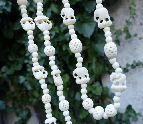 Sloni a klícky... kostěný náhrdelník
