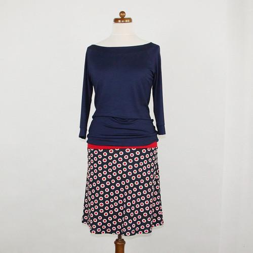 Krátká sukně - Červené puntíky na modré