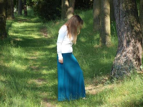 Petrolejová maxi sukně