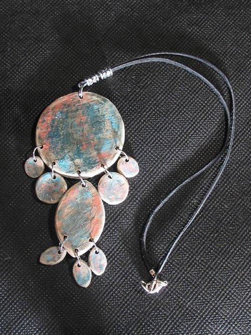 oxidový keramický šperk