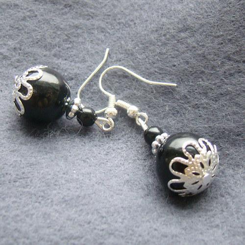 náušnice  černé perličky s krajkou
