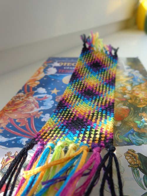 Color bookmark II