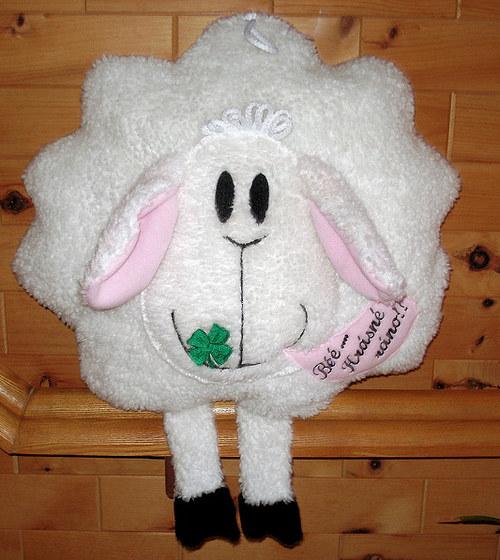 Ovečka Béé krásné ...