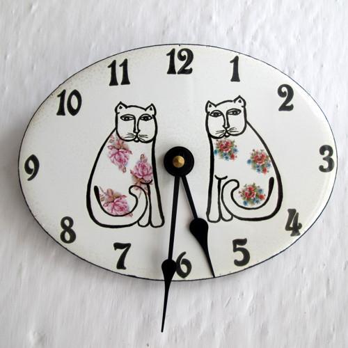 Smaltované hodiny  malé 413