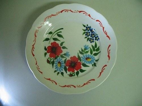 Malovaný plitký talíř - Selská keramika