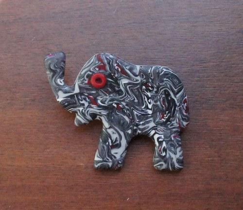 Sloník prolínající se - brož