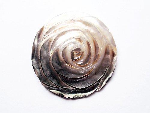 Hnědobílá růže ((MP28))