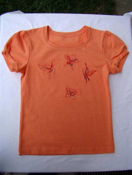 dívčí triko s motýlkama