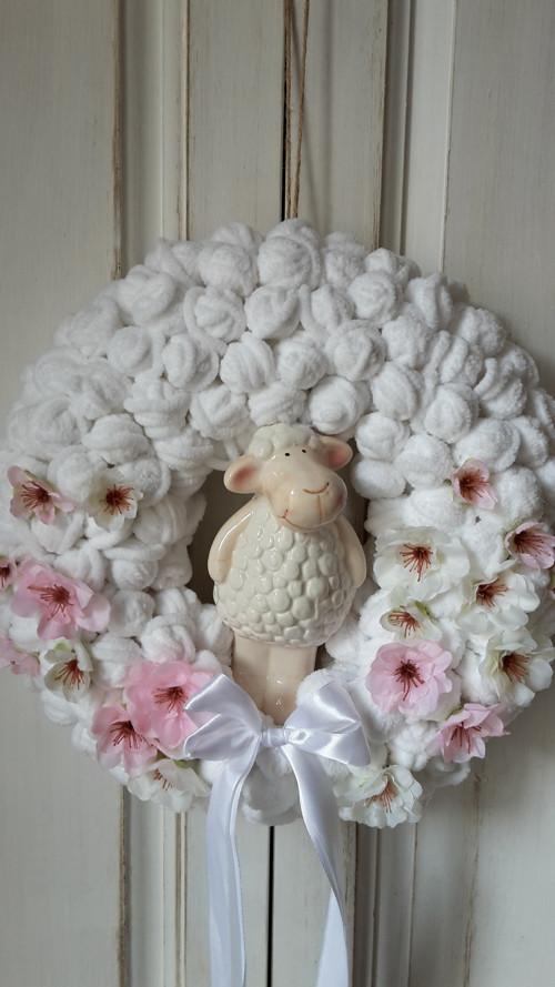 Jarní s ovečkou