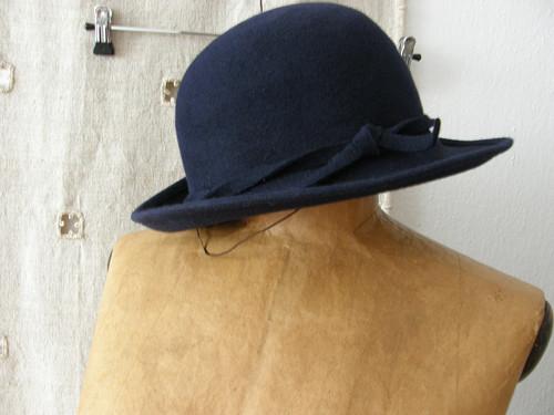 klobouk jediný