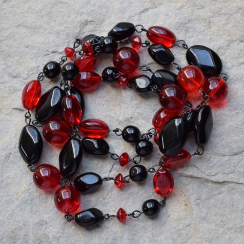 Černo-červený