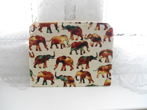 Taštička sloni