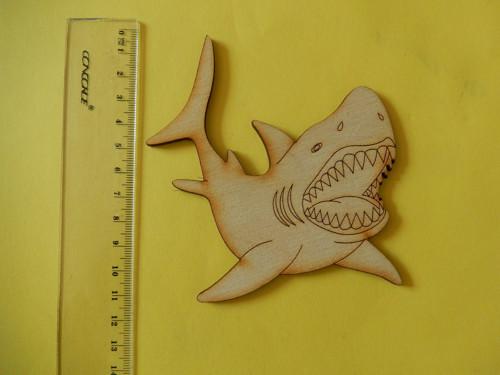 Žralok - dřevěný výřez