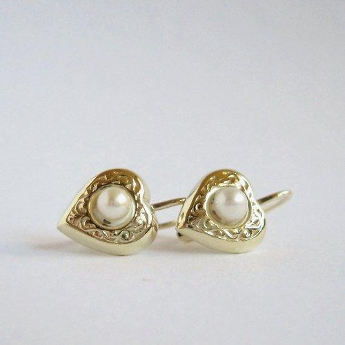Nejen pro malou slečnu (zlaté náušnice s perlou)