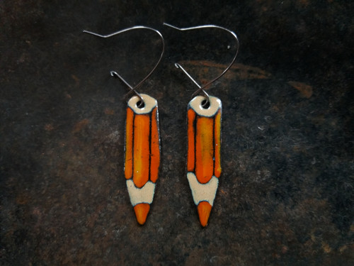 NAUŠNICE oranžové pastelky