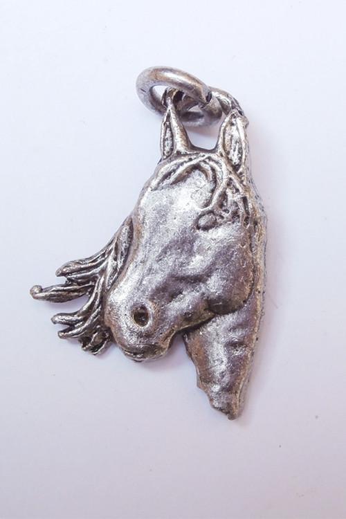 Přívěsek Koňská hlava - stříbro s patinou